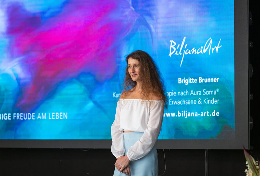 Brigitte Brunner: Farbige Freude am Leben